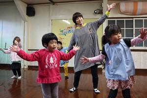 ダンスの練習中!