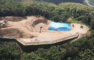 風車の基礎用の地面の掘削が完了しました。
